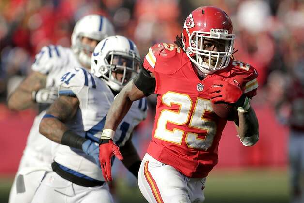 Kansas City Chiefs running back Jamaal Charles runs during the second half of an NFL football game against the Indianapolis Colts Sunday, Dec. 23, 2012, in Kansas City, Mo. (AP Photo/Charlie Riedel) Photo: Charlie Riedel, Associated Press