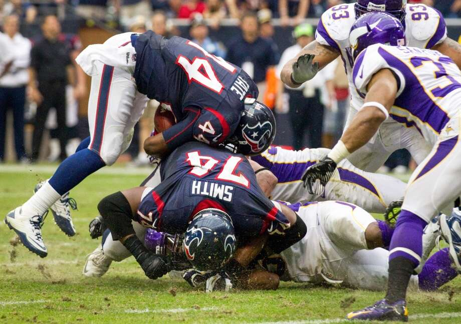 Texans running back Ben Tate (44) is stopped at the goal line during the third quarter. (Brett Coomer / Houston Chronicle)