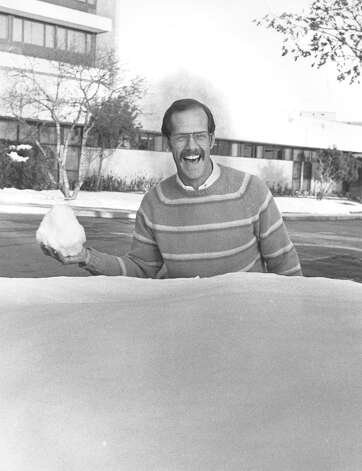 Dr. Charles Roeth gets ready to throw a snowball on Jan. 13, 1985. Roeth skied to work at Humana Hospital. Photo: San Antonio Express-News File Photo