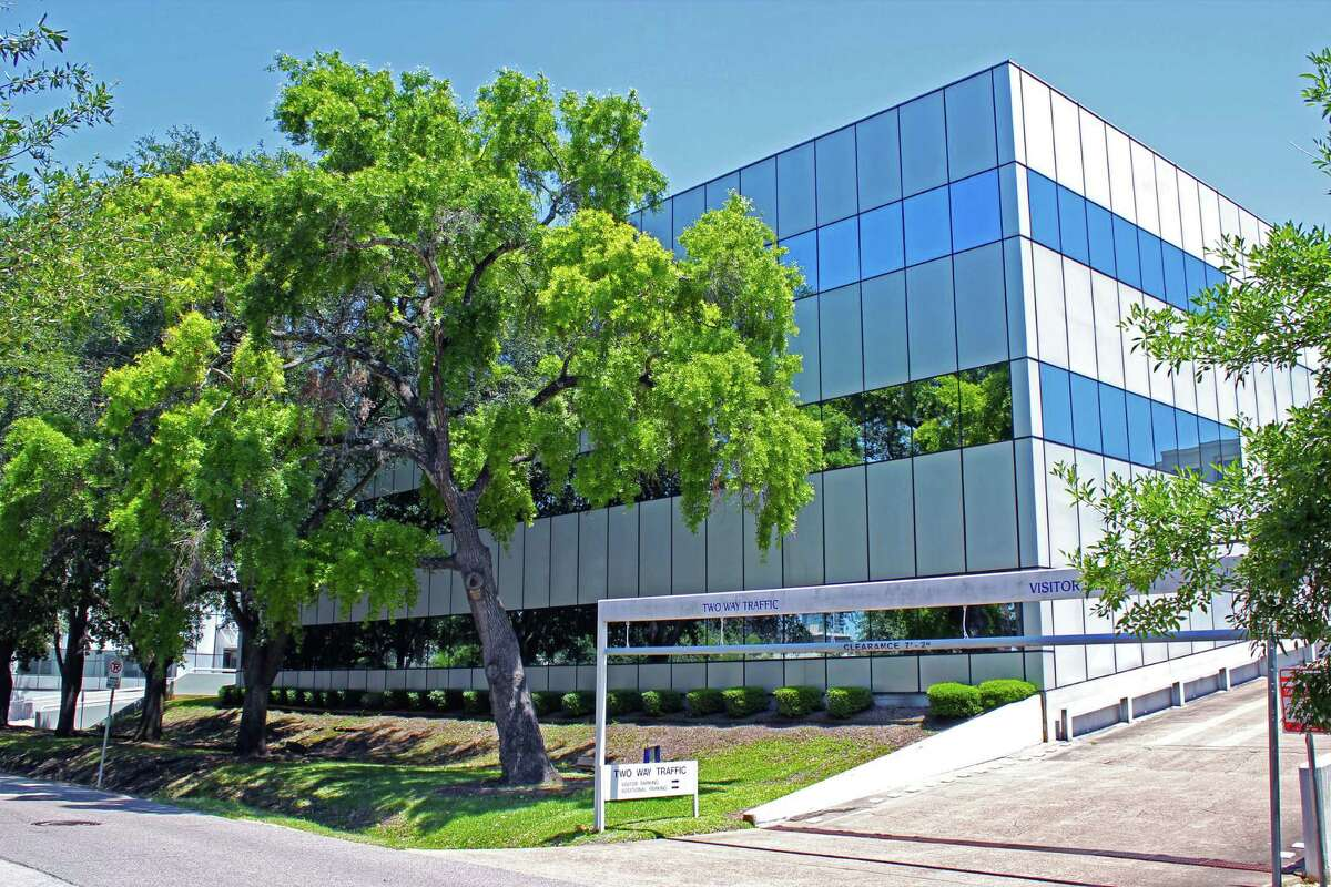 Equitas Commercial Real Estate Holdings has purchased 4295-4299 San Felipe, two office buildings totaling 92,499 square feet on 2.5 acres in the Galleria/West Loop area. The properties were sold by Morrison Karsten Group.
