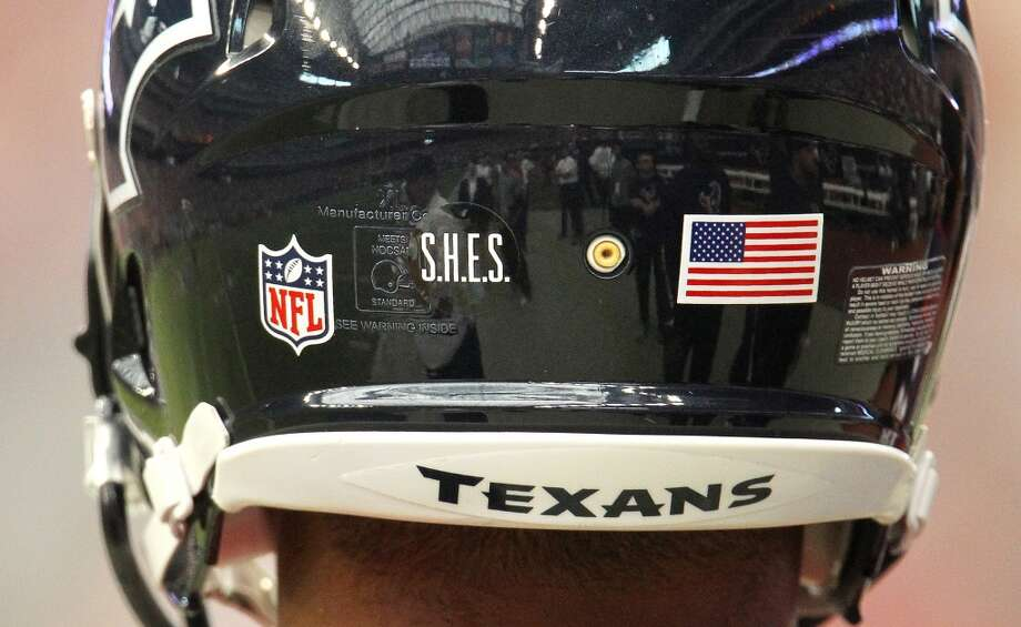 Houston Texans tackle Ryan Harris wears S.H.E.S in honor of Sandy Hook Elementary School on his helmet, along with all of the Texans players. (Karen Warren / Houston Chronicle)