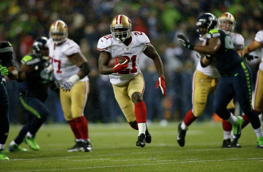 San Francisco 49ers' Frank Gore (21) in action against the Seattle Seahawks in the second half of an NFL football game, Sunday, Dec. 23, 2012, in Seattle. Photo: AP