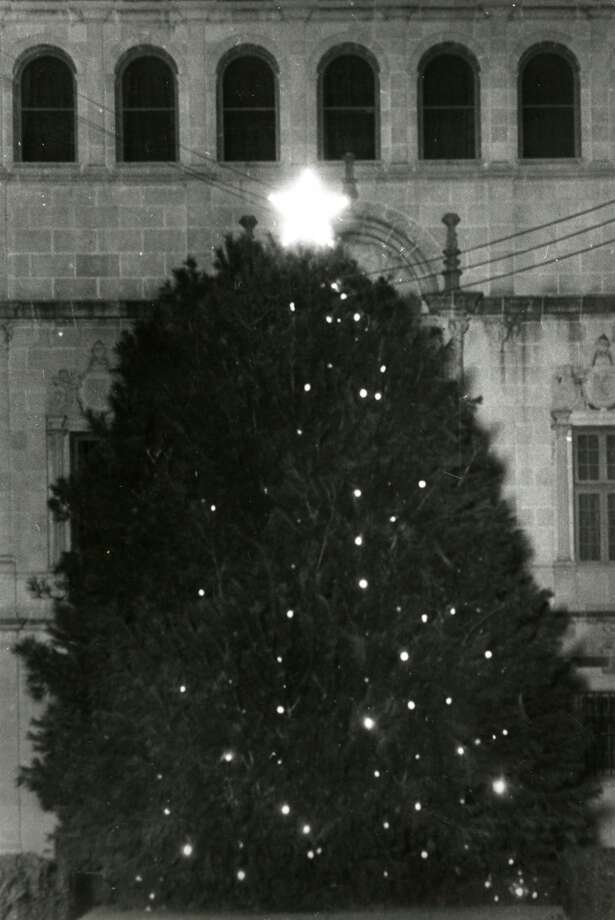 The Tree of Light outside the Houston Public Library, date unknown. (Chronicle file)