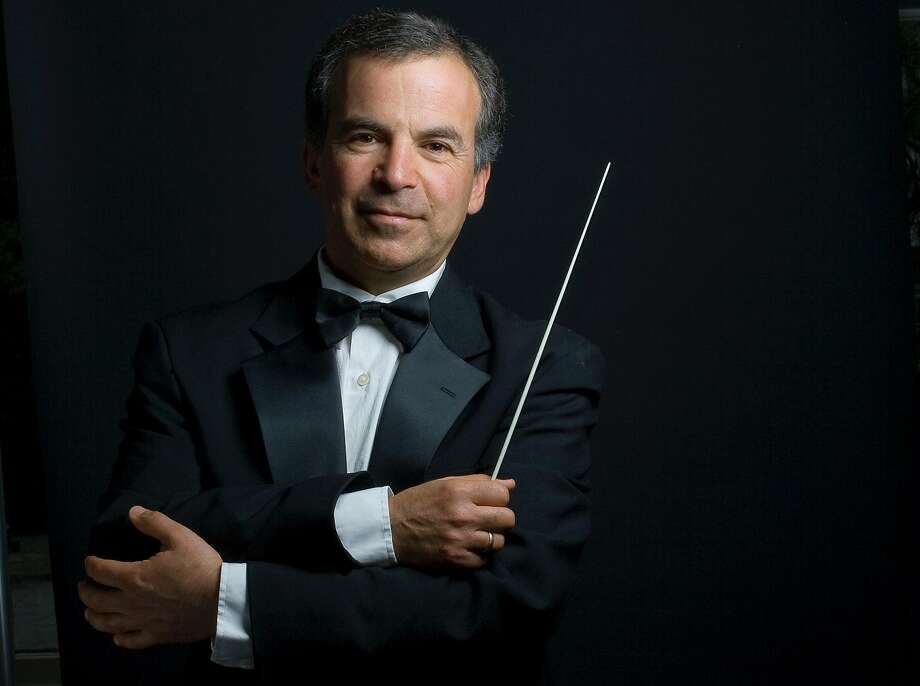 Conductor Benjamin Simon of the San Francisco Chamber Orchestra. Photo: John Todd John Todd, San Francisco Chamber Orchestra