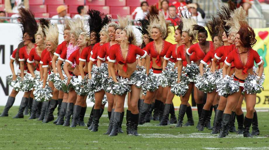 The Tampa Bay Buccaneers cheerleaders perform. Photo: AP