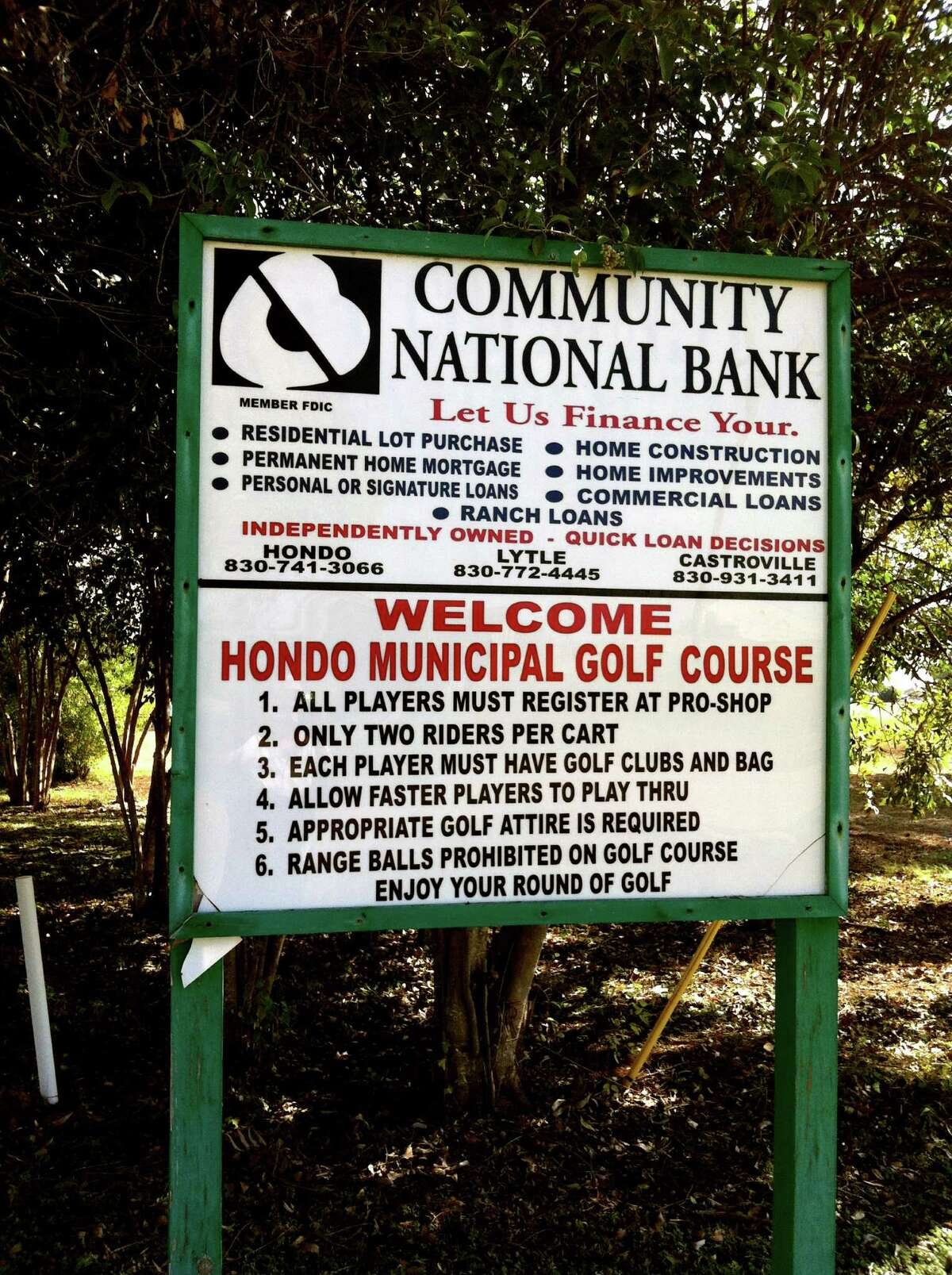 The Hondo Municipal Golf Course is a links-style, small-town nine-hole course that offers a relaxed setting for beginners or those wishing to work on different parts of their game.