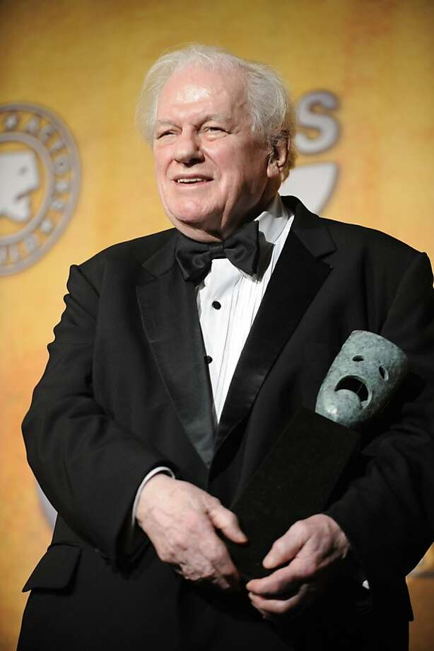 A renowned character actor for decades, Mr. Durning holds his life achievement award from the Screen Actors Guild in 2008. Photo: Chris Pizzello, Associated Press