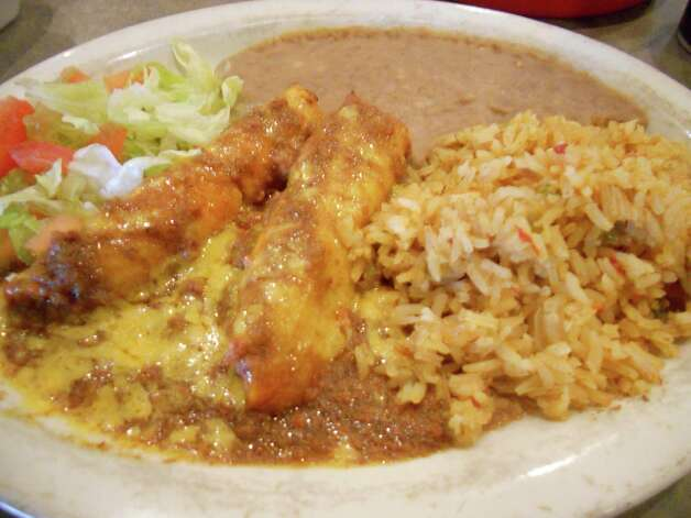 Casarita Mexican Restaurant, 2895 Thousand Oaks, was in business nearly a quarter-century before closing. Diners sang the praises of its chicken poblano, sour cream enchiladas, tortilla soup and specials that changed every few days. Photo: JENNIFER RODRIGUEZ, SPECIAL TO THE EXPRESS-NEWS / SAN ANTONIO EXPRESS-NEWS