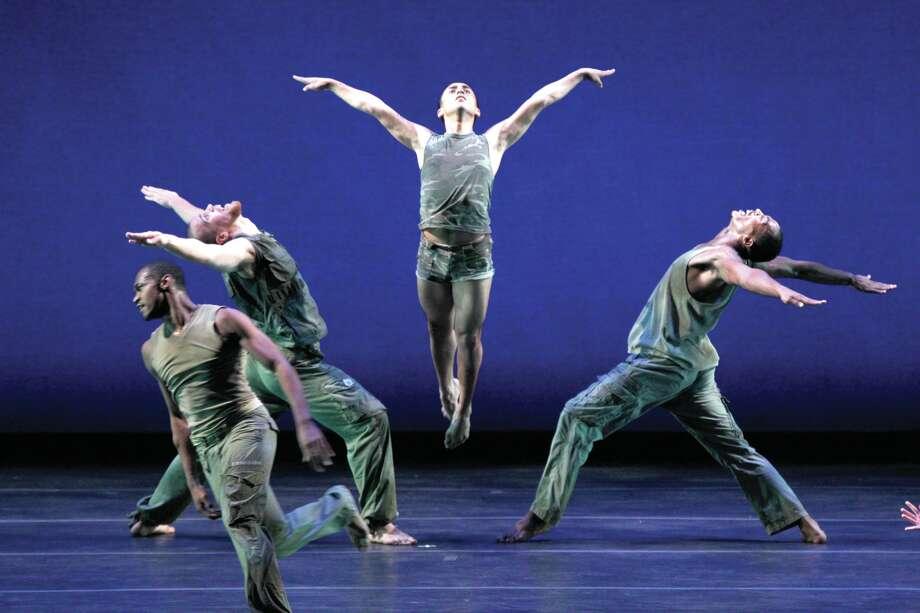 """A scene from Bill T. Jones/Arnie Zane Dance Company's """"D-Man in the Waters"""" (Paul B. Goode)"""