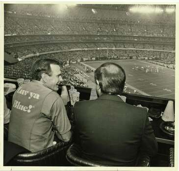 Seen in 1980, Vice