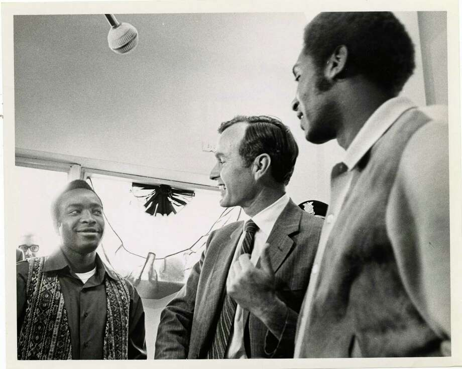 PHOTO FILED: GEORGE HW BUSH.  04/02/1970 - U.S. Rep. George Bush, Republican candidate for the U.S. Senate, speaks with Astros second baseman Jim Morgan and Astros pitcher Don Wilson at the opening of his Harris County campaign headquarters at 5005 Fannin Thursday, April 2, 1970. Sam C. Pierson Jr. / Houston Chronicle Photo: Sam C. Pierson Jr., Houston Chronicle / Houston Chronicle