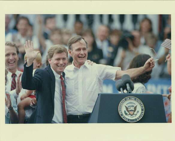 08/16/1986 - Vice President George Bush, right, and Indiana Sen. Dan Quayle wave to the crowd after Bush announced Quayle would be his running mate following a riverboat cruise in New Orleans on Aug. 16, 1988. Bush's son, Neil Bush, is seen clapping behind Quayle. Carlos Rosales / Houston Post Photo: Carlos Rosales, Houston Chronicle / Houston Post files