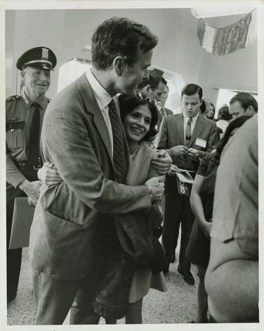 04/02/1970 - U.S. Rep. George Bush, Republican candidate for the U.S. Senate, opens his Harris County campaign headquarters at 5005 Fannin Thursday, April 2, 1970. Jim Cox / Houston Post Photo: Jim Cox, Houston Chronicle / Houston Post files