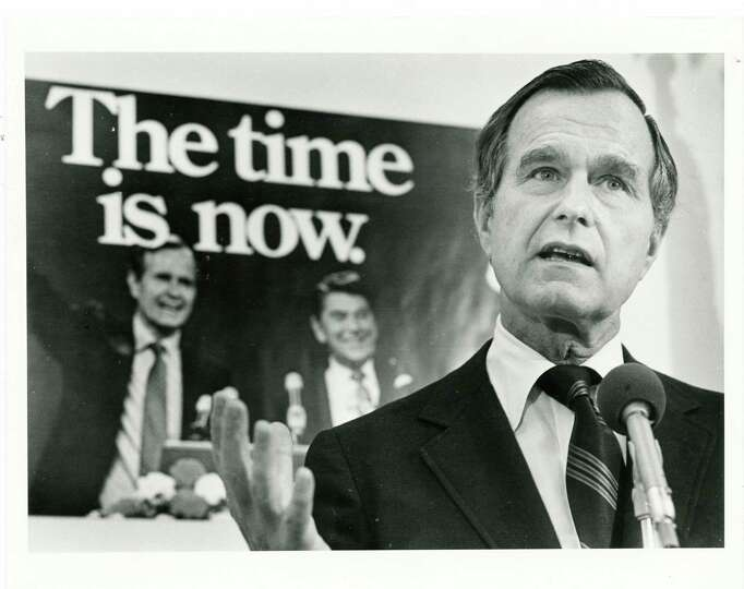 11/10/1980 - Vice-President elect George Bush holds a press conference in Houston before leaving for