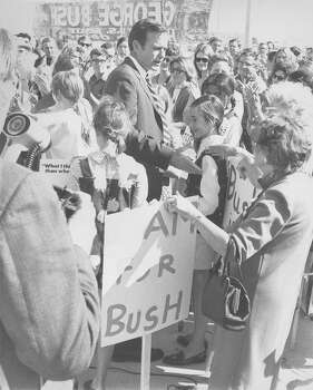 U.S. Senate hopeful George H.W. Bush speaks to supporters during a rally in San Antonio on Oct. 1, 1970. Photo: San Antonio Express-News File Photo