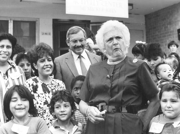 Second Lady Barbara Bush reacts while touring Avance Child Development Center in Lincoln Courts in 1988. Photo: San Antonio Express-News File Photo