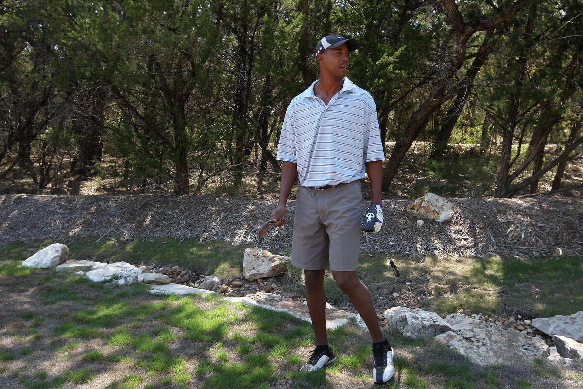 No. 2 on the list of top water users in San Antonio is former Spurs player and now team commentator Sean Elliott, seen here praticing his golf game at his home in 2011. His seven-month total came to more than 1.7 million gallons.