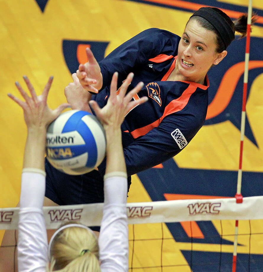FILE PHOTO -- Outside hitter McKenzie Adams, shown in the 2012 WAC volleyball tournament, is one of three seniors on the UTSA volleyball team that earned the Conference USA regular-season title on Sunday, Nov. 17, 2013. Photo: Tom Reel, San Antonio Express-News / ©2012 San Antono Express-News