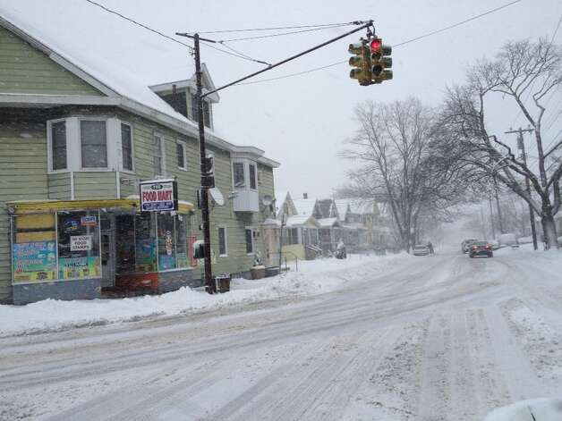 Thursday's snow made for slippery driving on McCarty Avenue at Southern Boulevard in Albany. (Jimmy Vielkind / Times Union)
