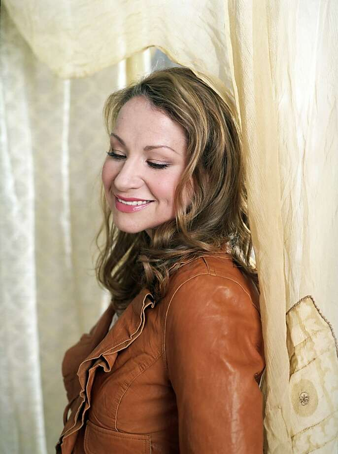 Joan Osborne Photo: Telluride Festival Of The Arts