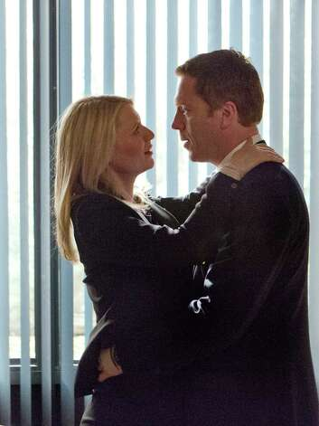 Claire Danes as Carrie Mathison and Damian Lewis as Nicholas Brody in Homeland (Season 2, Episode 12). - Photo:  Kent Smith/SHOWTIME Photo: Kent Smith / Copyright:  2012 Showtime