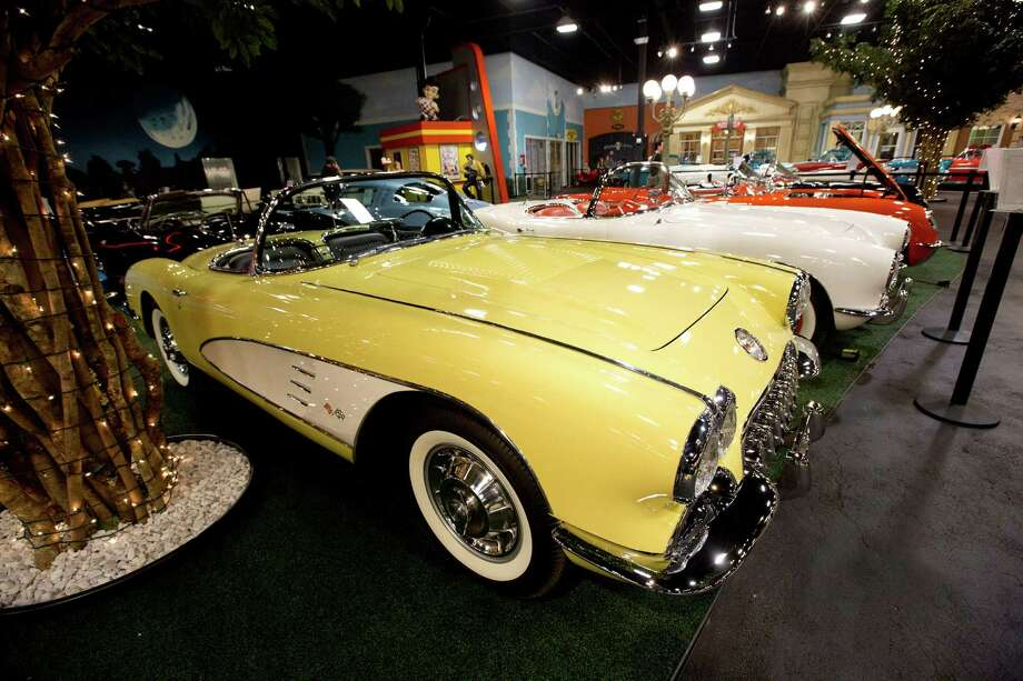 A row of 1950's Corvettes sit in a private auto museum in North Palm Beach, Fla., on Nov. 26, 2012. Photo: J Pat Carter, Associated Press / AP