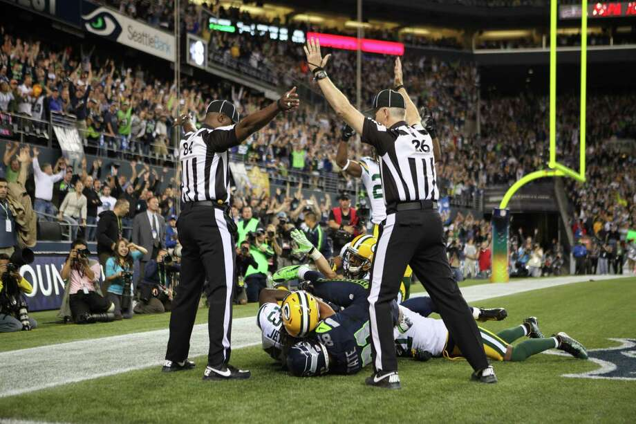 Wide receiver Golden Tate #81 of the Seattle Seahawks makes a catch in the end zone to defeat the Green Bay Packers on a controversial call by the officials at CenturyLink Field on September 24, 2012 in Seattle, Washington. Photo: Otto Greule Jr, Getty Images / 2012 Getty Images