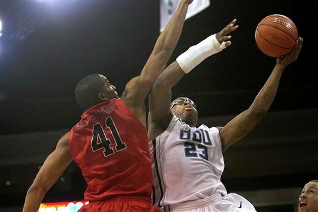 Old Dominion's Richard Ross goes to the basket against Fairfield's Keith Matthews during an NCAA college basketball game Saturday, Dec. 29, 2012, in Norfolk, Va. Fairfield won 55-54. (AP Photo/The Virginian-Pilot, Hyunsoo Leo Kim)
