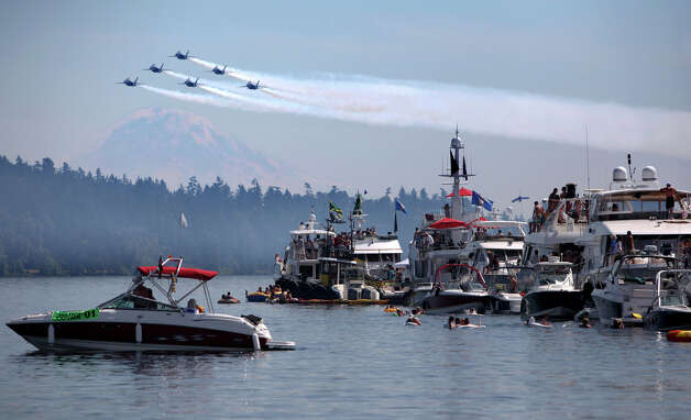 August 5, 2012: The U.S. Navy Blue Angels make their annual appearance as they fly over the Log Boom during Seafair on Lake Washington. Photo: JOSHUA TRUJILLO / SEATTLEPI.COM