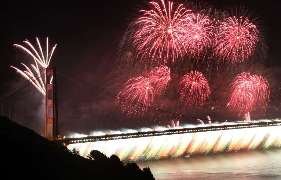 The San Francisco Bay Area celebrated the Golden Gate Bridge'a 75th Anniversary Sunday May 27, 2012 with a spectacular fireworks show. (Lance Iversen / The Chronicle)