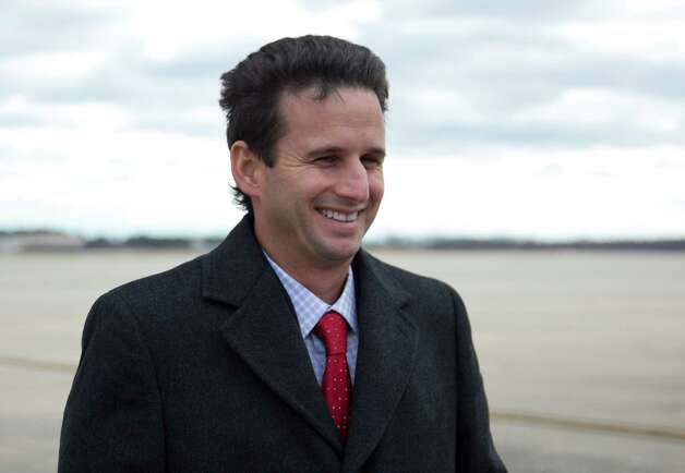 Hawaii's newest Sen. Brian Schatz, the current lieutenant governor, smiles as he talks with reporters on the tarmac after deplaning Air Force One on Thursday at Andrews Air Force Base, Md. Hawaii Gov. Neil Abercrombie appointed Brian Schatz to the post Wednesday to replace the late Sen. Daniel Inouye. Photo: AP