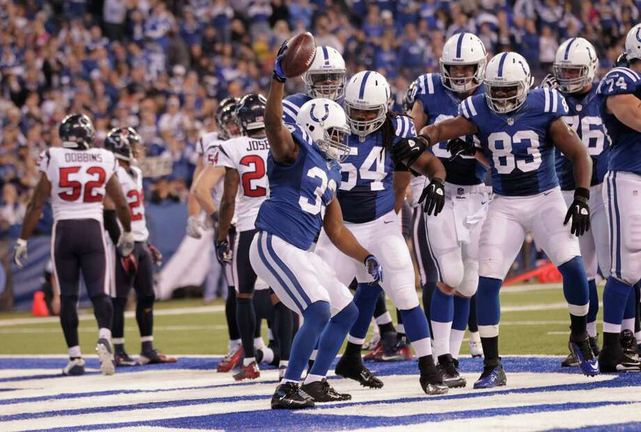 during the first half of an NFL football game Sunday, Dec. 30, 2012, in Indianapolis. (AP Photo/AJ Mast) Photo: AJ Mast, Associated Press / FR123854 AP