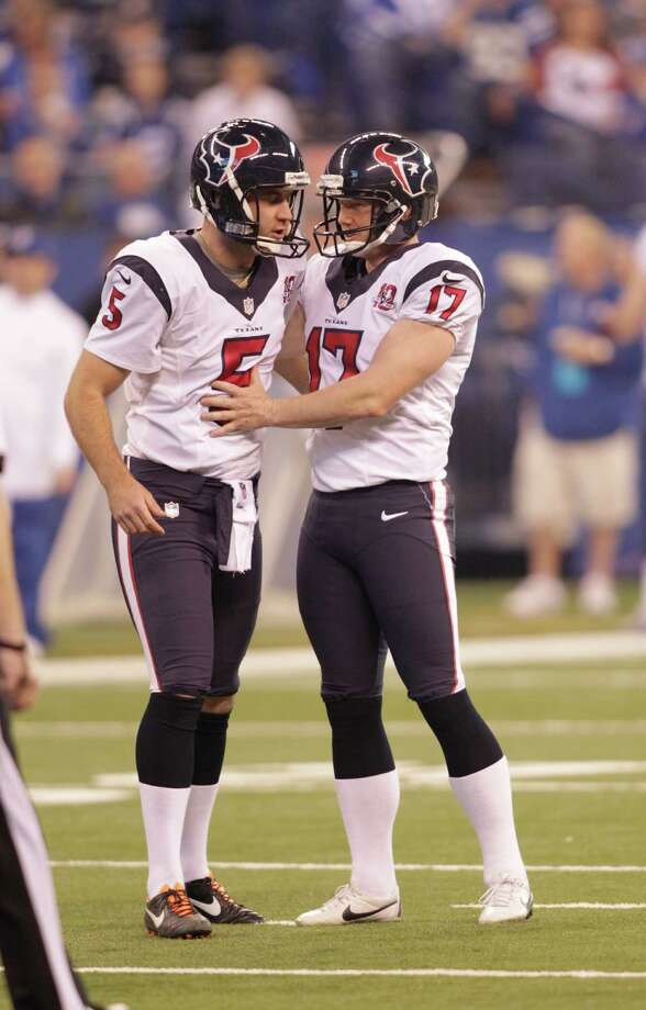 Houston Texans' Shayne Graham (17) is congratulated by Donnie Jones after kicking a  51-yard field goal during the first half of an NFL football game Sunday, Dec. 30, 2012, in Indianapolis. (AP Photo/AJ Mast) Photo: AJ Mast, Associated Press / FR123854 AP