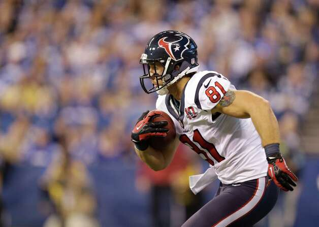 Houston Texans' Owen Daniels (81) runs during the first half of an NFL football game against the Houston Texans Sunday, Dec. 30, 2012, in Indianapolis. (AP Photo/Michael Conroy) Photo: Michael Conroy, Associated Press / AP