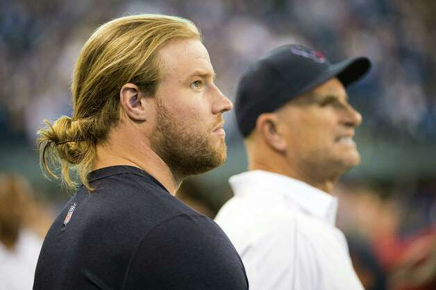 Texans linebacker Brooks Reed watches from the sidelines.  Despite saying all week he was on track to play,  Reed is inactive for the game. He suffered a torn groin against the Detroit Lions on Thanksgiving. Photo: Smiley N. Pool, Houston Chronicle / © 2012  Houston Chronicle