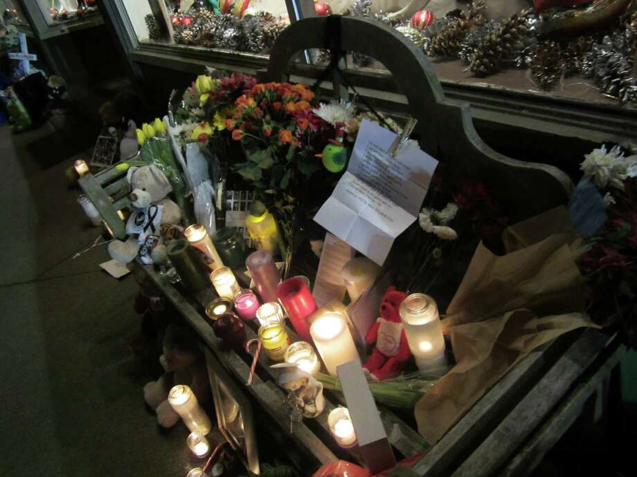 The vigil down the road from Sandy Hook Elementary School, Dec. 20, 2012. Photo: Casey McNerthney/Hearst Newspapers