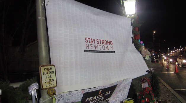 The vigil down the road from Sandy Hook Elementary School, Dec. 26, 2012. Photo: Casey McNerthney/Hearst Newspapers