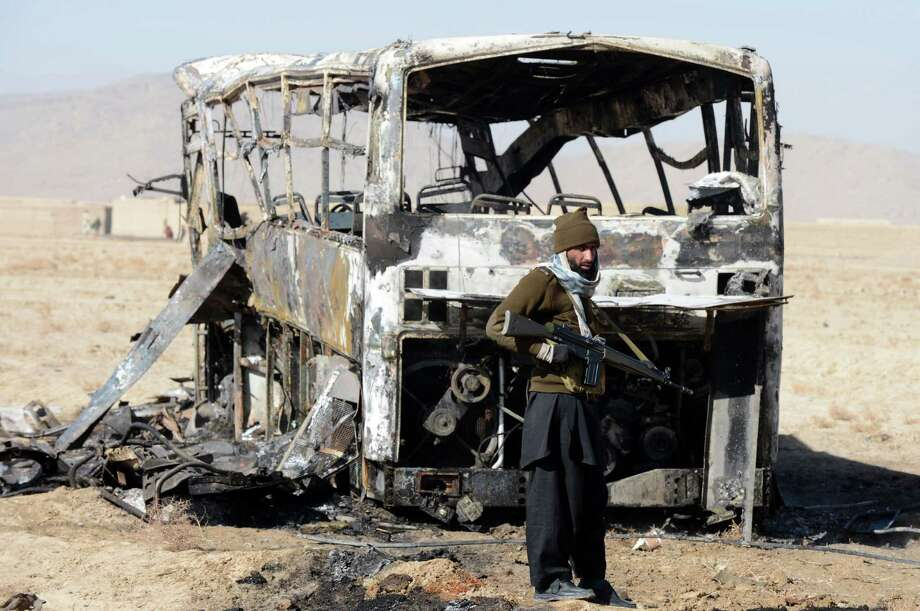 A car bomb attack on buses carrying Shiite Muslim pilgrims to Iran killed 19 people and injured 25 in Pakistan's insurgency-hit southwest on Sunday. Photo: BANARAS KHAN, Stringer / AFP