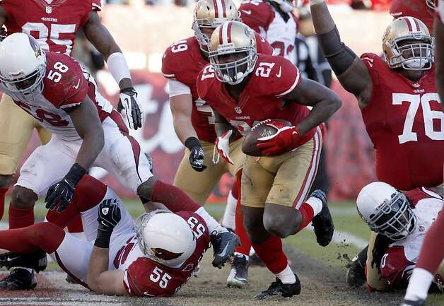 San Francisco 49ers Running back Frank Gore (21) scores a touchdown during the fourth quarter of the San Francisco 49ers game against the Arizona Cardinals at Candlestick Park in San Francisco, Calif., on Sunday December 30, 2012. Photo: Carlos Avila Gonzalez, The Chronicle
