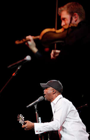 Darius Rucker with PRCA Rodeo Finals, Saturday, Feb. 23 at 7:30 p.m. Photo: LISA KRANTZ, File Photo / lkrantz@express-news.net