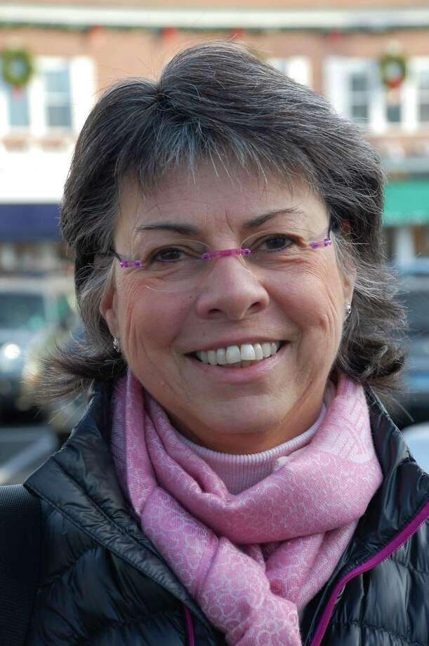 Karen Com Photo: Jarret Liotta / Westport News contributed