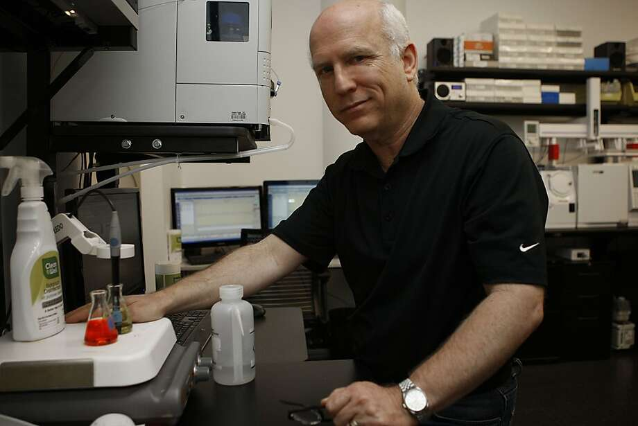 Dr. Larry Weiss' CleanWell is among the firms responding to growing consumer demands for healthier cleaning products. Photo: Liz Hafalia, The Chronicle