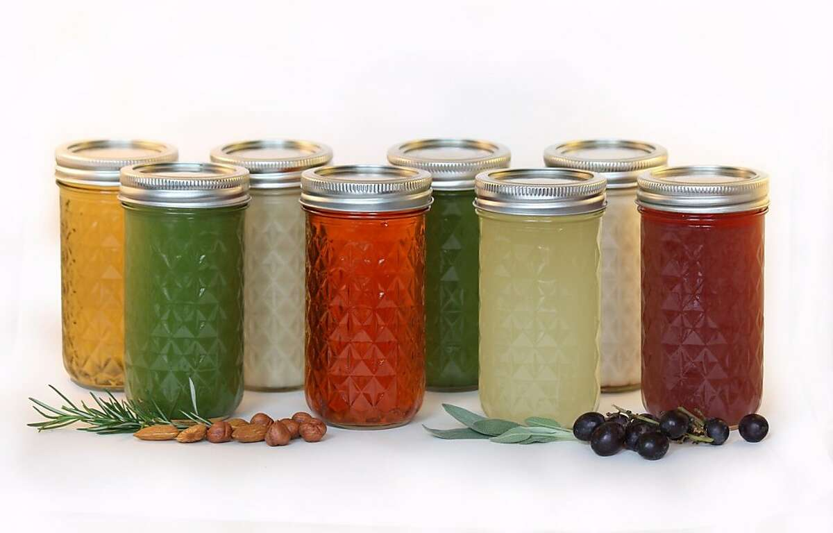 The CAN CAN Cleanse is a 3-day juice cleanse founded in San Francisco by Teresa Piro.