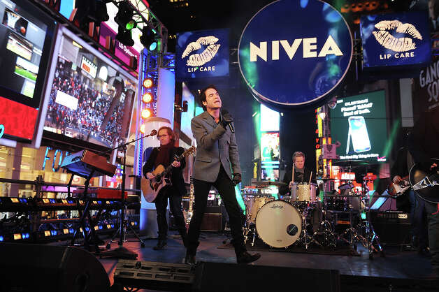 "NEW YORK, NY - DECEMBER 31:  Train performs ""Mermaid"" on the NIVEA Kiss Stage in Times Square on New Year's Eve 2013 at Times Square on December 31, 2012 in New York City. Photo: Brad Barket, Getty Images For NIVEA / 2012 Getty Images"