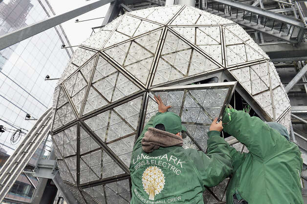 NEW YORK, NY - DECEMBER 27:  A general view of atmosphere during the installation of 288 New Waterford Crystals on the 2013 Times Square New Year's Eve Ball at One Times Square on December 27, 2012 in New York City. Photo: Slaven Vlasic, Getty Images / 2012 Getty Images