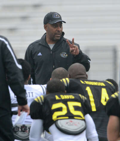 U.S. Army All-American Bowl West Team head coach Mike Jinks talks to his players during a U.S. Army All-American Bowl West Team practice at Comalander Stadium, Monday, December 31, 2012. 