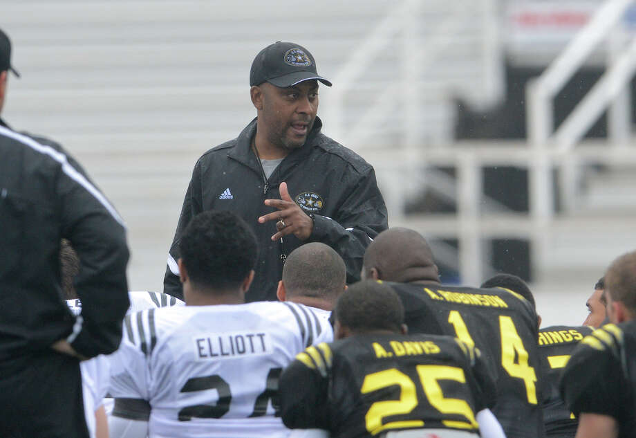 Steele football coach Mike Jinks, seen here coaching the U.S. Army All-American Bowl West Team, became an assistant coach at Texas Tech under Kliff Kingsbury. Photo: John Albright, For The San Antonio Express-News / San Antonio Express-News