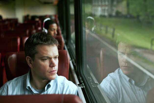 Matt Damon stars as Steve Butler in Gus Van Sant's contemporary drama Promised Land, a Focus Features release. Photo: Sam Jones, Focus Features / ONLINE_YES