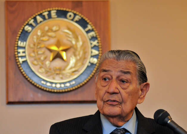 Former Texas Secretary of State Roy R. Berrrera Sr. speaks during the swearing-in ceremony of newly elected 37th Judicial District Court Judge Michael Mery. Photo: Robin Jerstad