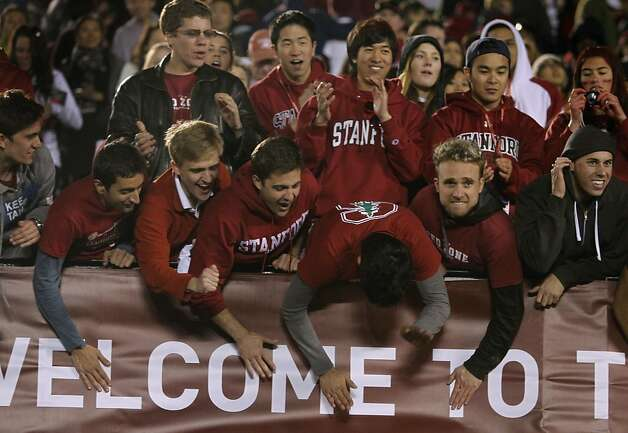 Stanford fans go wild after the Cardinal beat Wisconsin at the Rose Bowl in Pasadena, Calif. on Tuesday, Jan. 1, 2013. Photo: Paul Chinn, The Chronicle